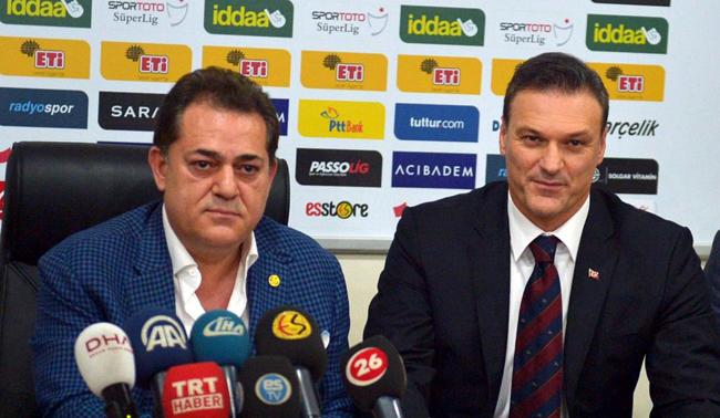 Devid Bekhemi vuran futbolçu baş məşqçi oldu! - FOTO