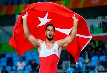 Rio-2016: Türkiyə ilk qızıl medalını qazanıb