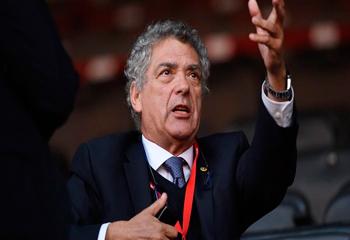 UEFA prezidentliyinə namizədliyini geri götürdü