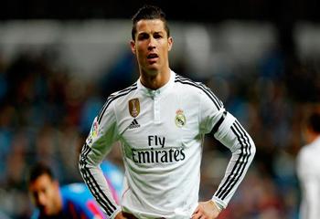 Ronaldo Messiyə çatdı