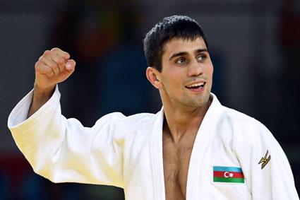 Rüstəm Orucov bürünc medal qazandı -