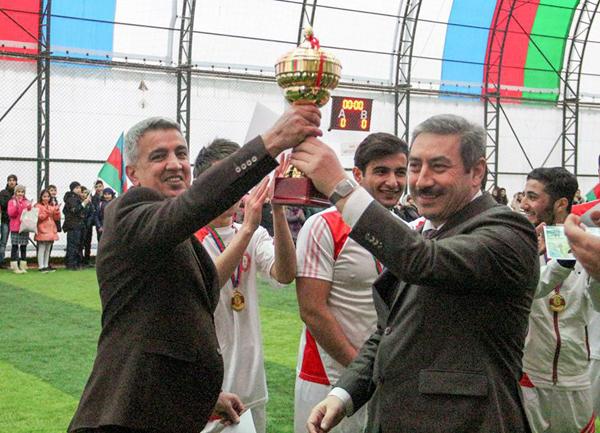 Azərbaycan Kooperasiya Universitetinin komandası mini futbol turnirinin qalibi oldu