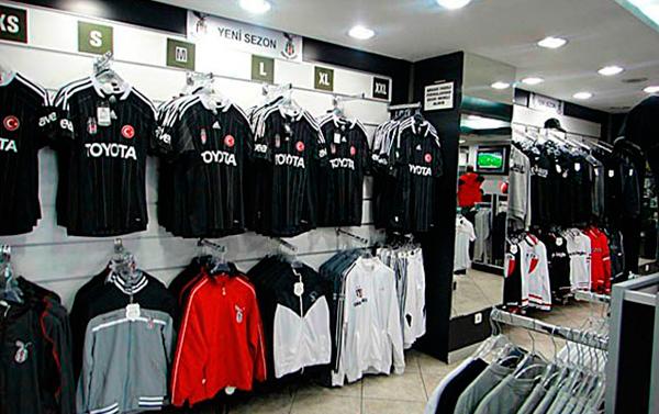 """""""Beşiktaş"""" Bakıda mağaza açacaq"""