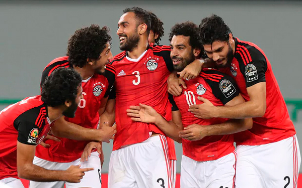 Mohammed Salah takes Egypt to Group D top spot with win over Ghana