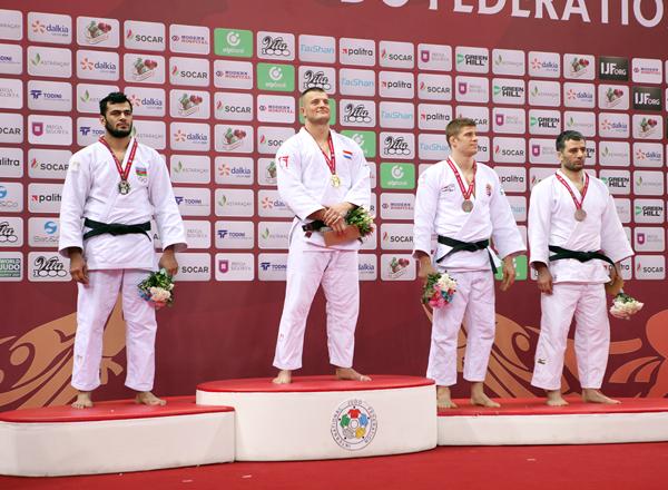 Elxan Məmmədov medal qazandı