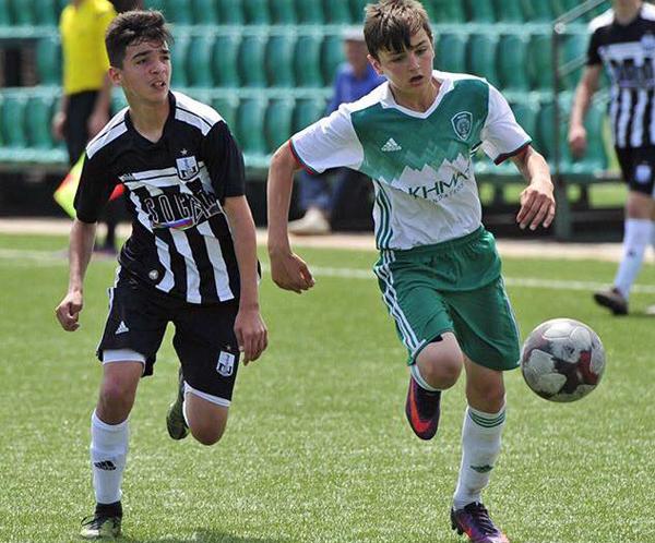 Əsədov 3 qol vurdu, komandası 5-ci oldu