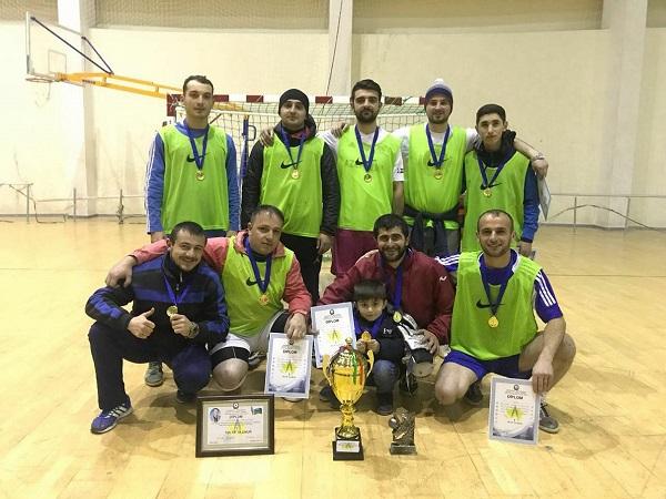 Qusarda mini-futbol turniri başa çatdı - polislər finalda məğlub oldu
